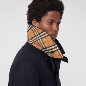 Burberry men's wool blend jacket size 52